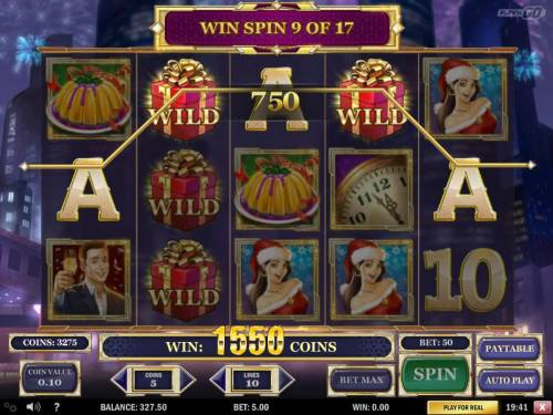 Holiday Season Review Slots A winning Five of a Kind triggered during the free spins feature.